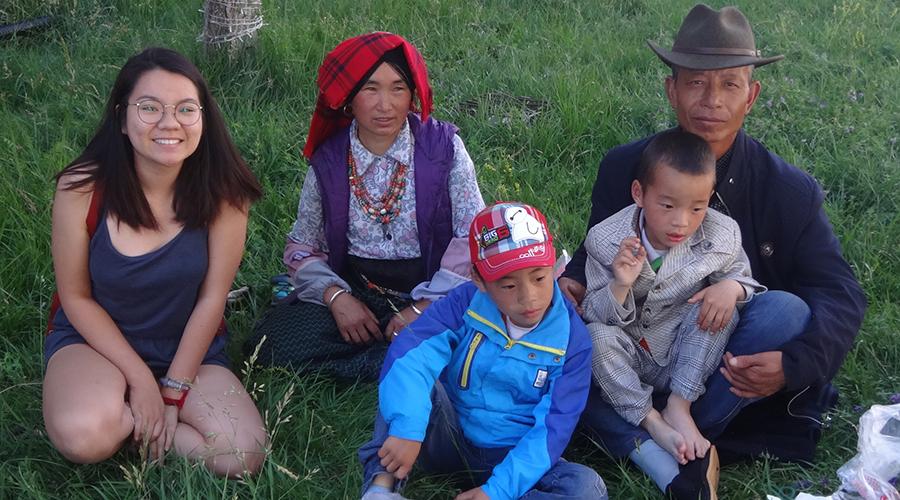 Phuong-w-local-family
