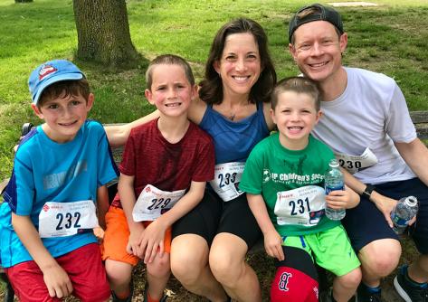 Emily-running-family
